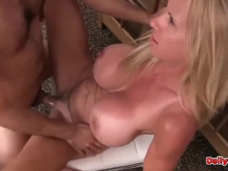 Amateur Busty Mature Rubbing Her Hairy Pussy