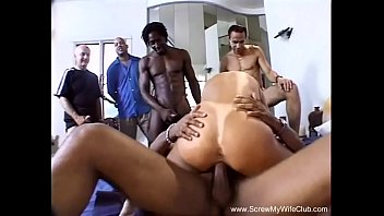 Interracial DP Threesome With BBC