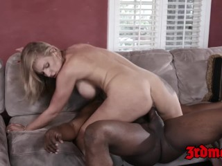 IR fucked MILF Rachel Cavalli wants BBC deep inside of her